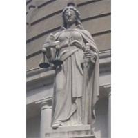 Menesztették a bírósági rendszert kritizáló bírót