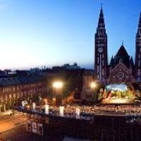 Szegedi szabadtéri – Marad a műsor, pályázik a leváltott igazgató