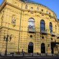 A Boldogtalanokat láthatja a közönség Szegeden