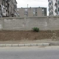 Jogerős ítélet: törvényes a nagybányai romanegyedet körülvevő fal