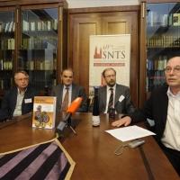 Több mint kétszázötven Újszövetség-kutató tanácskozik Szegeden