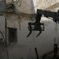 Százötven éves házat bontanak az ukránok Pesten
